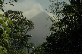 Costa Rica Vacation Home for Rent:  Click on this photograph of Arenal Volcano, to book your stay at Casa Gavilan!
